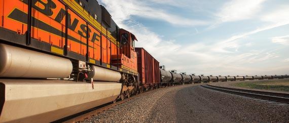 bnsf-train